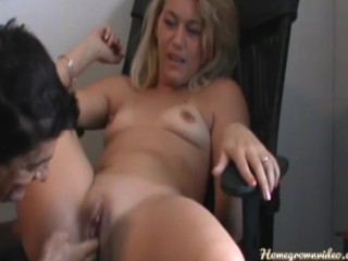 This Sexy Milf Loves a Good Deep Fucking