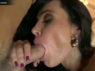 Delicious Lisa Ann Craving For A Man Juice Deep In Her Trimmed Pussy