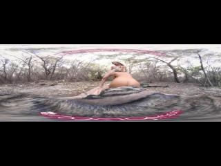 VR PORN-Anya Olsen & Courtney Outdoor Parody Threesome