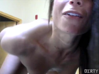 showing-naked-female-bodybuilder-brianna-frost-strip-masturbation-fucked