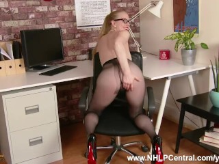 Babe Office Babe Lucy Lume Fucking Big Dildo Toy In Pure Nylon Pantyhose Kinky Mini Skirt In Leather And High Heels