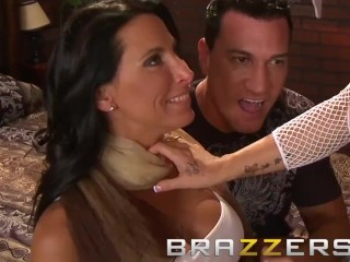 Brazzers – Hens night threesome – Two milfs Holly Halston & Lezley Zen, sharing cock