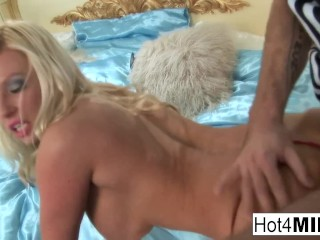 Big Tit Blonde Keeps Her Stockings And High Heels On