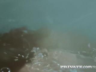 Private.com – Francesca di Caprio enjoys Double Penetration!