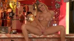 Natalia Starr brings in...