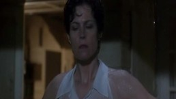 Sigourney Weaver - Death and...