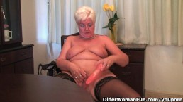 Chubby granny in stockings...