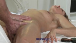 Massage Rooms Milf legend...