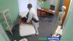 FakeHospital Doctor seduces young...