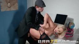 Brazzers - Dirty boss Lili...