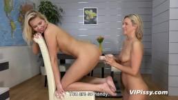 Lesbian Piss Play - Bianca...