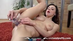 Pussy Closeup - Brunette Victoria...