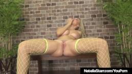 Hot Babe Natalia Starr...