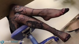 Tattoed secretary in pantyhose...