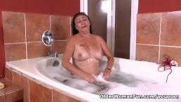 Latina milf Karina takes...