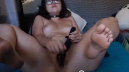 Curvy horny bitch gets...