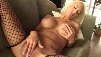 Trina Masturbates