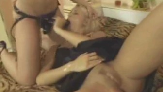 Strapon lesbian action part1of2