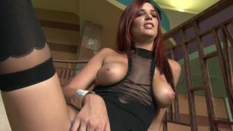 hot jayden cole works her vagina