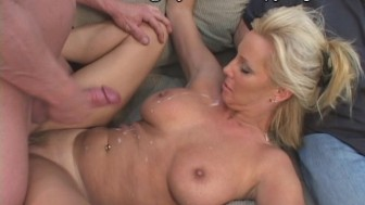 Hot MILF Nextdoor
