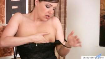Milf Sexy Striptease & Dildo Insertion