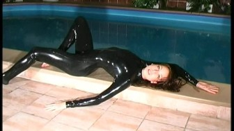 Wet latex fun with Radka