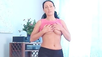 Stunning Big Tit Housewife Laura Spreading
