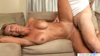 Hardcore Pussy Pounding Milf Gets A Cum Load
