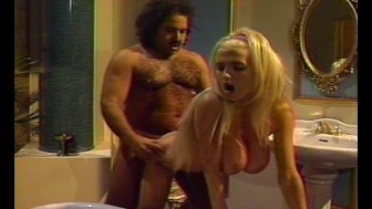 Ron Jeremy Bags a Early 80's Babe