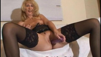 Camgirl PARKPLATZMAUS anal und vaginal