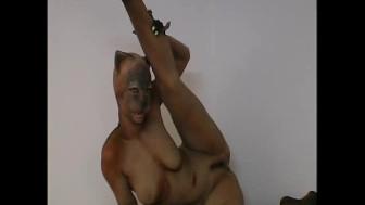 Really bizarre morphing into a sexy flexi reptile