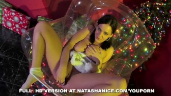 Natasha's Xmas Fingering Session