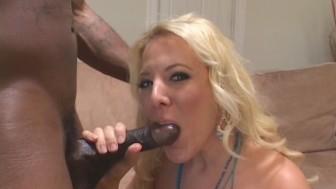 Blondie Craves That Black Cock