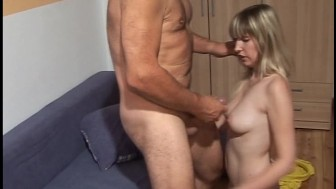 Pale princess gets her hole reamed out by hirsute ogre