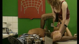 Newlyweds Heat up in the Kitchen (CLIP)