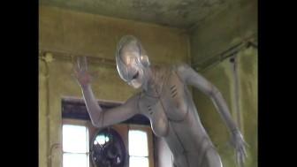 Transformed like a working alien (clip)