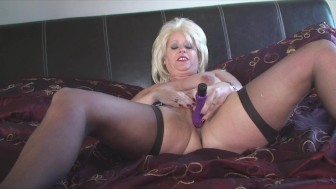 Sexy Mature Blobde Blonde