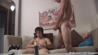 Bi-Guy Latinos jerk it