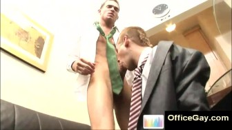 Gay blowjob at the office with 2 sexy studs