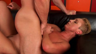 Bettany the cougar taking a big dick - CzechSuperStars