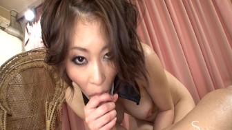 Asian girl squirts and gets creampie