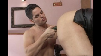 Latina mistress gets pleasure from her man
