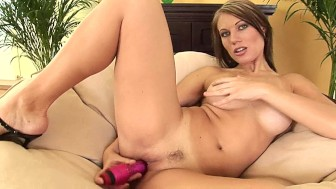 Tantalizing brunette Paula plays with dildo - CzechSuperStars