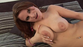 Tammi plays with her body - CzechSuperStars