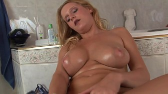 Violet lubes herself up in the bathroom - CzechSuperStars