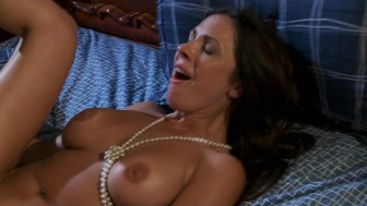 BIG TIT SKINNY WIFE TIGHT MILF PORNSTAR FUCKS ON