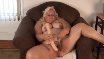 Big tits blonde BBW