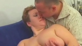 Over sensitive fat chic jizz bombed on boobs