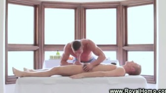 Soothing and relaxing gay sex