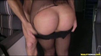 Curvy ass white chick fucked